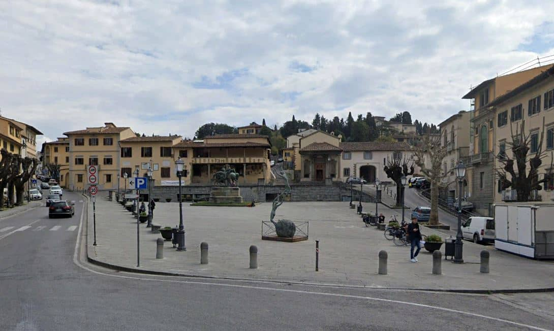 Fiesole: Piazza Mino