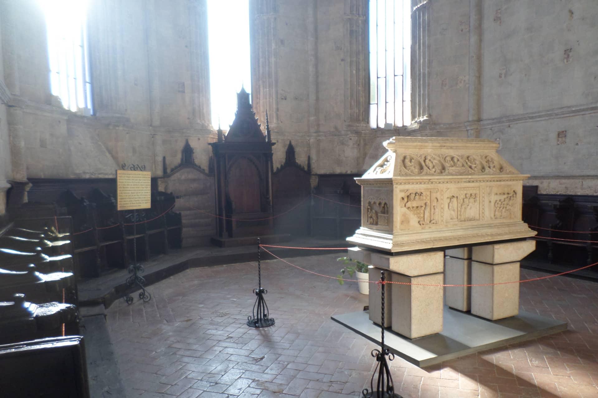 Tomba di San Cerbone nel Duomo