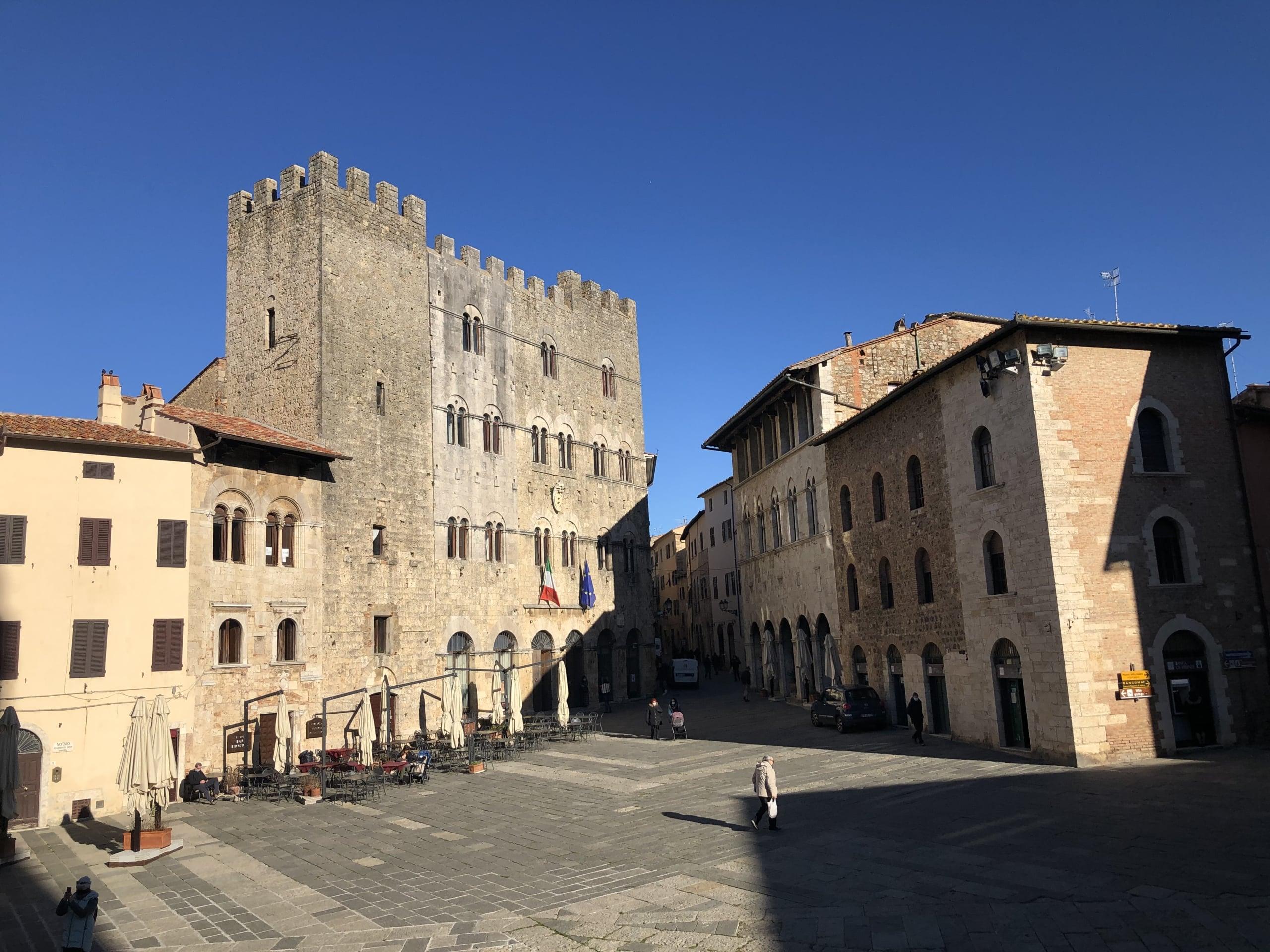 Piazza Duomo e Palazzo Pretorio
