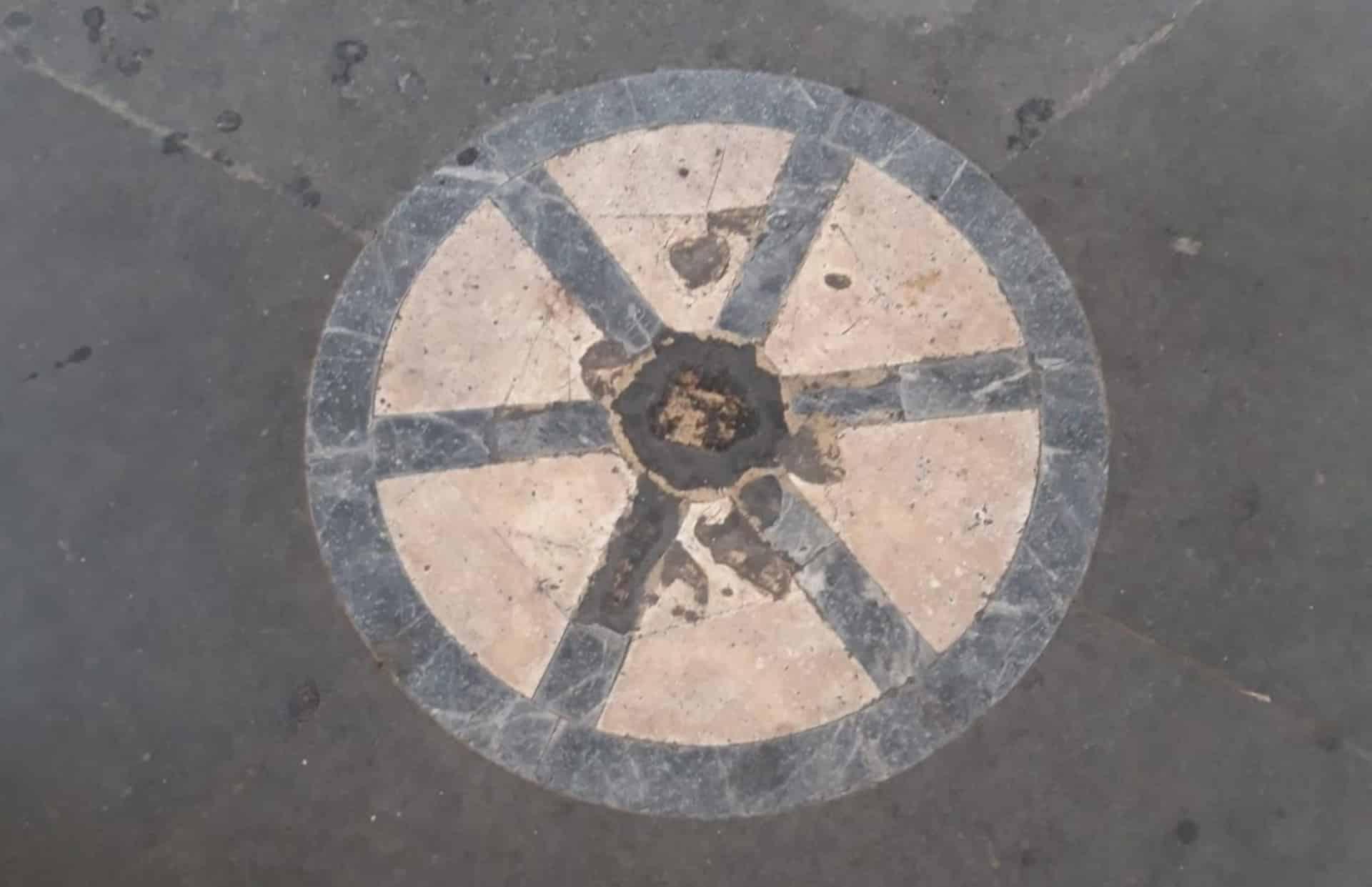 La ruota della loggia del Porcellino o Batticulo