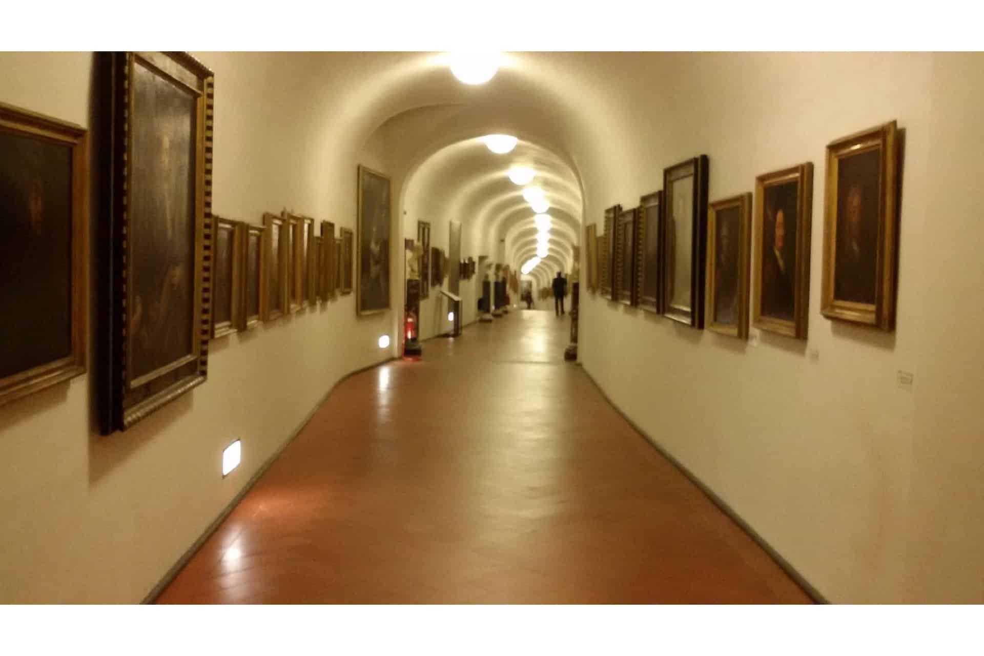 interno del corridoio vasariano