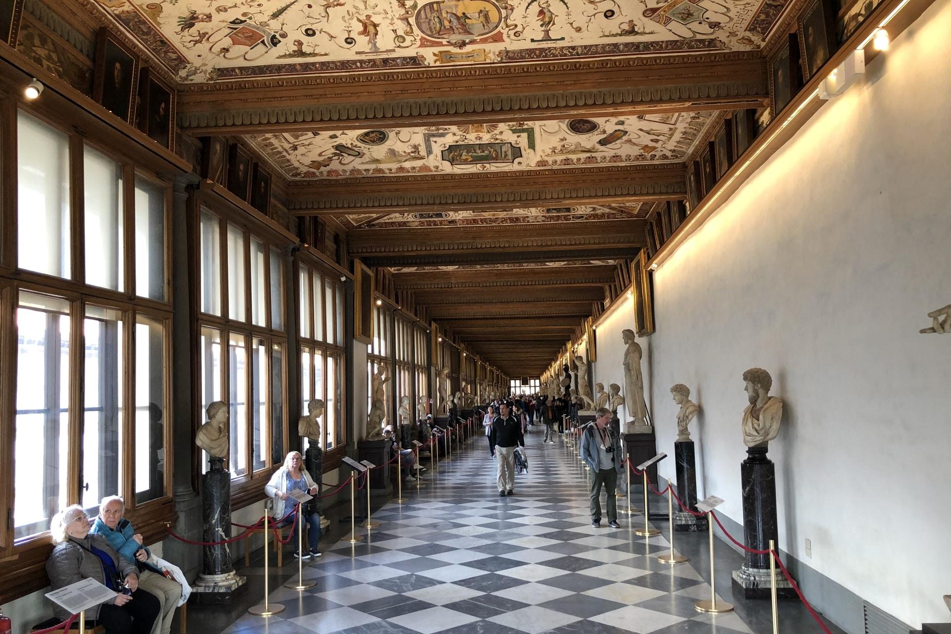 Firenze, corridoio della Galleria degli Uffizi